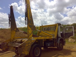 Right Side of lorry Before Paint Removal